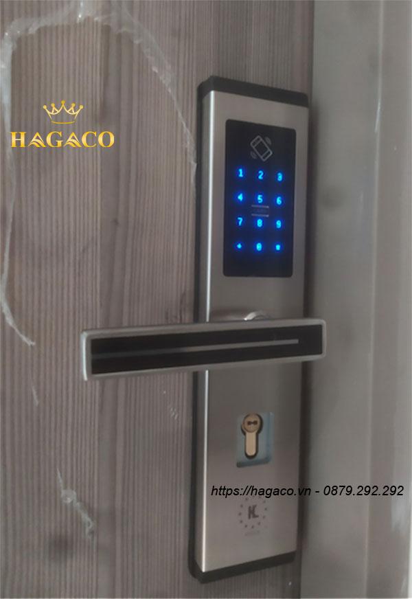 Khóa cửa điện tử Kassler Kl-667 màu bạc Sliver hiện đại