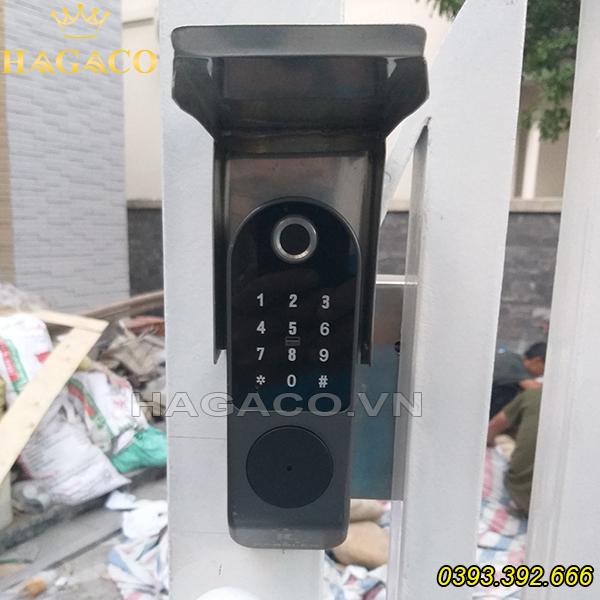 Lắp khóa vân tay cho cửa sắt tại Hà Nội
