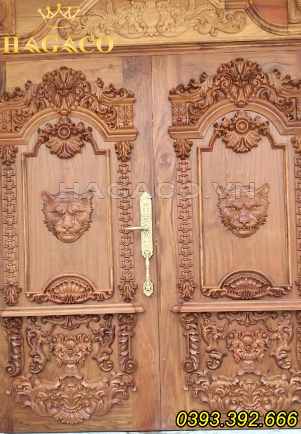 Khóa cửa tân cổ điển