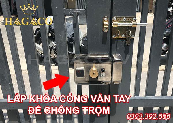 Lắp khóa cổng vân tay để chống trộm hiệu quả